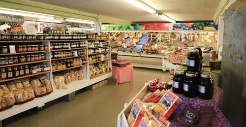 Tuttles Farm Store Spring